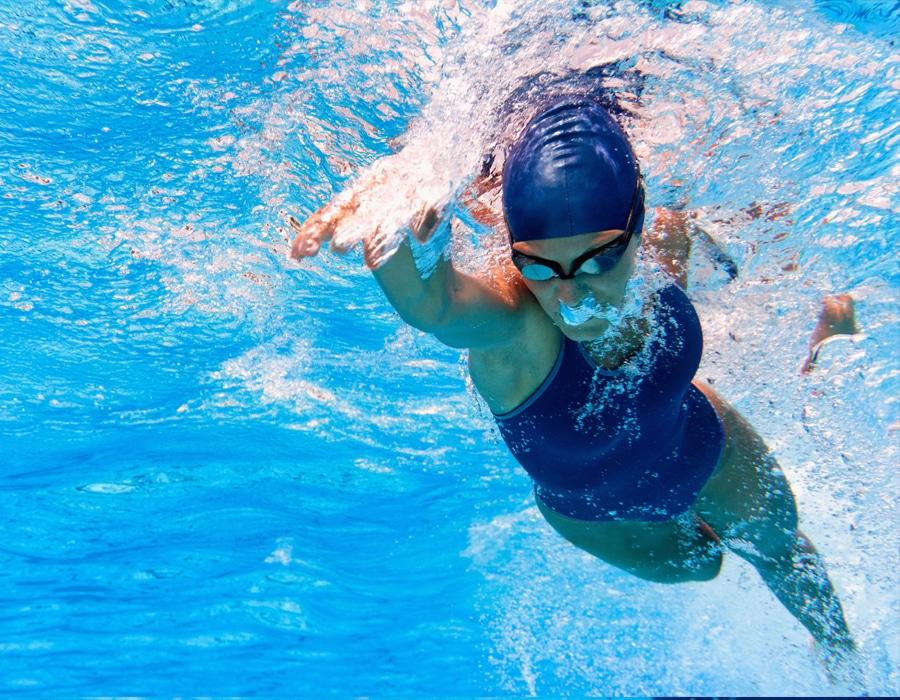 La importancia de nadar seguro